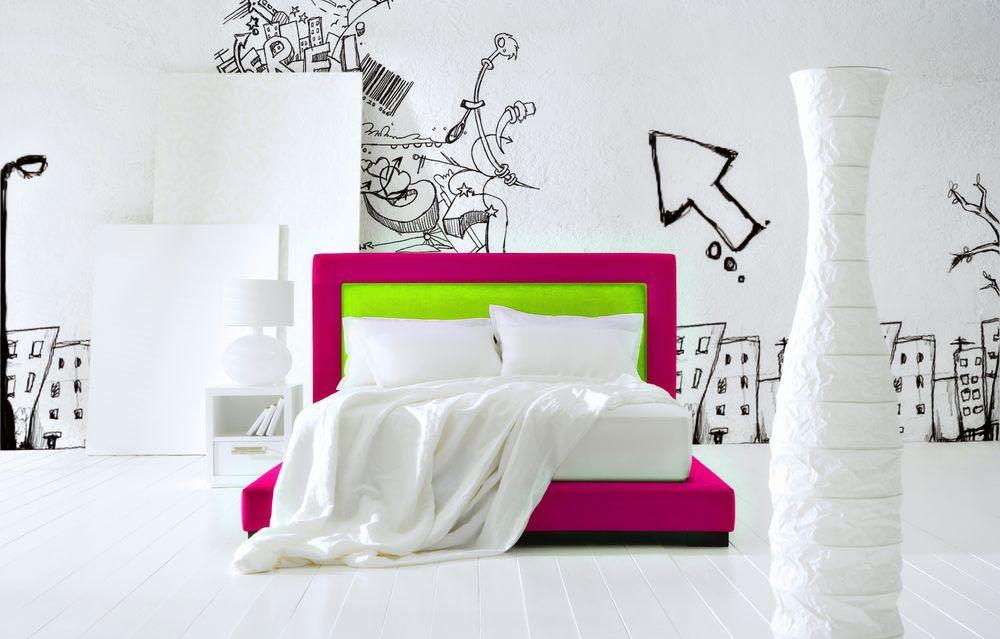 دیوار گرافیتی در خانه